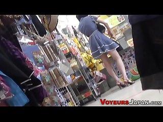 Spied japanese cutie cums