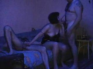 Orgia com a esposa fantasia do marido corno