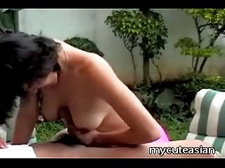 Asian hottie receives a nice cumshot here