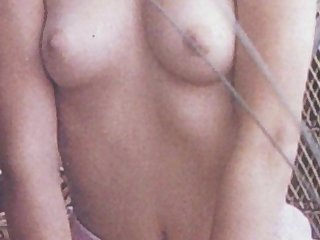 Demi Moore Topless: http://ow.ly/SqHsN