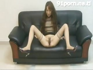 Chinese mature slut peach flower shows her body