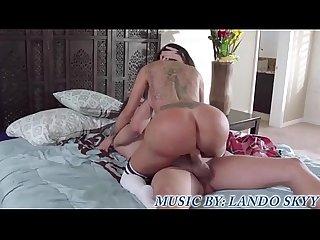 Kim kardashian s bubble butt
