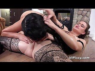 Lesbian Hardcore Pissing