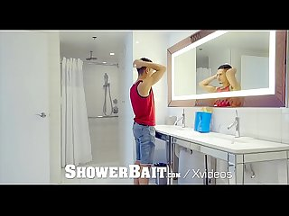 Shower Bait Rough Shower Fuck With Two Hunks