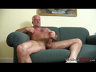 Hairy Jake Marshall Daddy in solo masturbation action