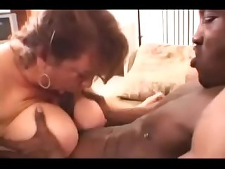Amateur Mom w Big Natural 44FF Tits fucks a Big Black Cock in BBW Big Ass Video