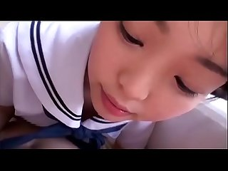 Japanese Schoolgirl Giving a Blowjob - Full video:..