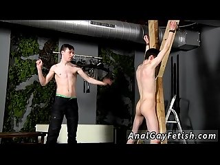 Video of gay male using objects to masturbate Victim Aaron gets a