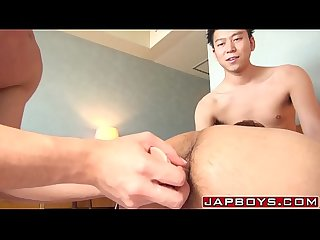 Young Asian gay spitroasted in passionate threeway