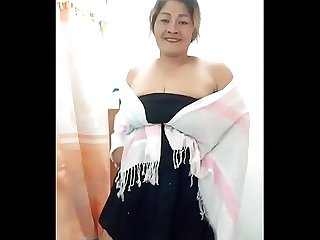 Thai aunty black skirt dancing